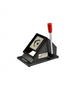Outil de découpe pour badges et magnets de diamètre 25mm